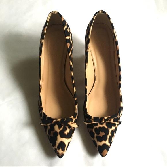 f0593782b758 J. Crew Shoes - J. Crew Dulci Kitten Heels Leopard Print Size 10